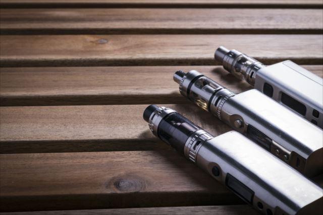 電子タバコはどれがオススメ?フレーバーの種類も多い人気のvapeを使ってみよう